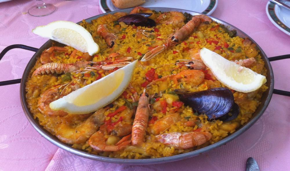 Новый год в Мадриде в ресторане La Paella de la Reina