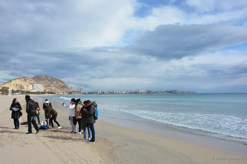 Пляж Postiguet в Аликанте
