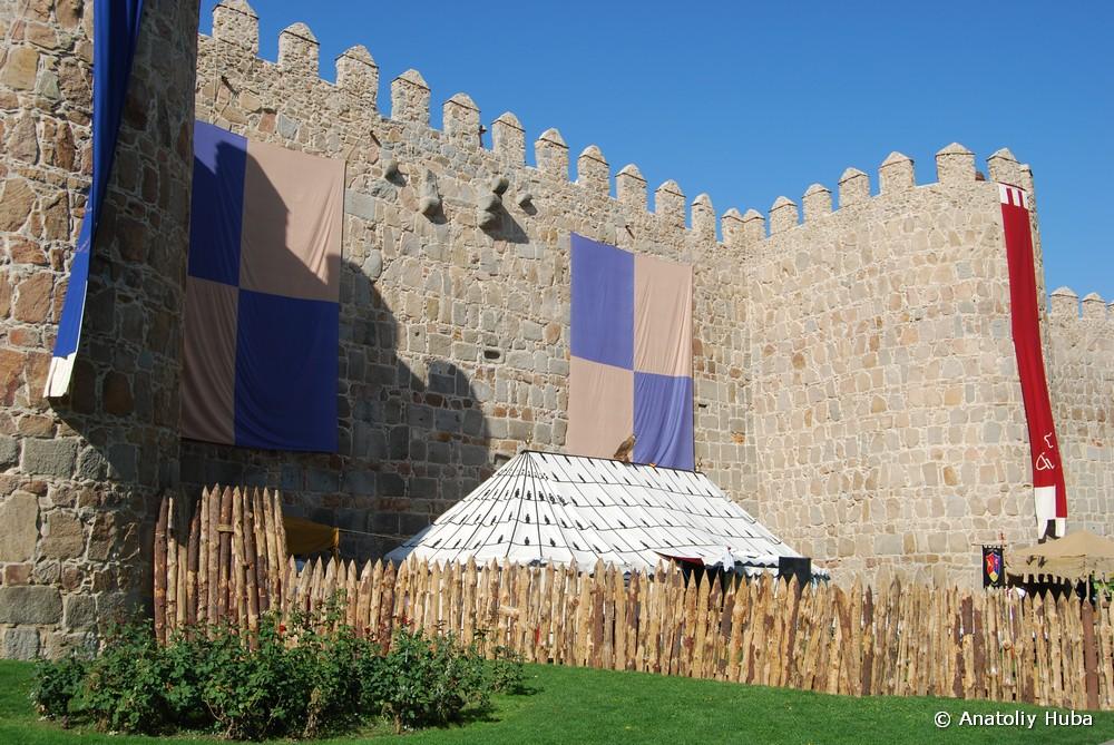 средневековый военный лагерь