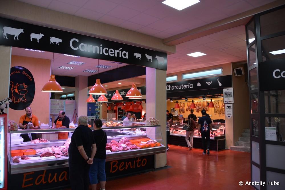 Рынок в Авиле: мясной отдел